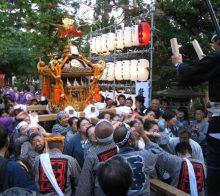 秋まつり(お神輿の宮入り)